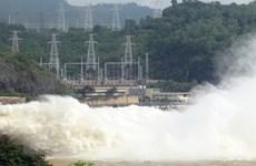Nước hồ chứa tiếp tục dâng cao, thủy điện Hòa Bình mở cửa xả thứ 7