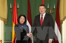 Phó Chủ tịch nước Đặng Thị Ngọc Thịnh hội kiến Tổng thống Latvia