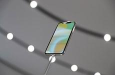 Apple hạ thấp yêu cầu kỹ thuật để đẩy nhanh sản xuất iPhone X?