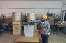 Người dân Kenya bắt đầu đi bỏ phiếu bầu cử lại tổng thống