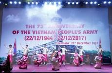 Lào kỷ niệm trọng thể 73 năm Ngày thành lập Quân đội nhân dân Việt Nam
