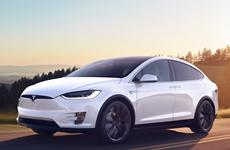 Khách tham quan mãn nhãn với mẫu Model X của Tesla tại CES 2018