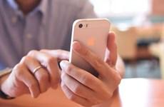 Ủy ban Thượng viện Mỹ vào cuộc vụ bê bối làm chậm iPhone của Apple