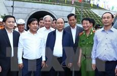 Thủ tướng Chính phủ Nguyễn Xuân Phúc thăm hầm đường bộ Đèo Cả
