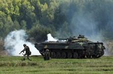 Donetsk cáo buộc Ukraine đưa vũ khí hạng nặng tại đường giới tuyến