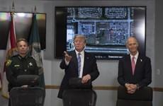 Vụ xả súng ở Florida: Ông Trump đến Parkland thăm hỏi các nạn nhân