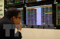 Chứng khoán sáng 16/4: Nhà đầu tư thận trọng, VN-Index vẫn giảm sâu
