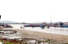 Tỉnh Thanh Hóa sẽ nạo vét cửa ra vào cảng cá Lạch Bạng