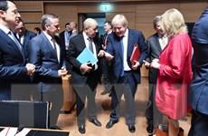 EU mong muốn tái khởi động tiến trình chính trị cho vấn đề Syria