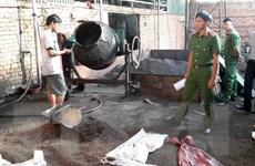 Vụ vỏ càphê trộn sỏi và nhuộm than pin: Khởi tố, bắt tạm giam 5 bị can