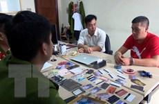 Bắt quả tang đối tượng người nước ngoài dùng thẻ giả rút tiền tại ATM