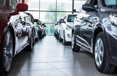 Doanh số bán ôtô tại Anh tăng lần đầu tiên trong 12 tháng