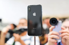 Rộ tin đồn mẫu iPhone X mới sẽ có đến 3 camera phía sau