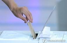 Bầu cử địa phương Hàn Quốc: 8,77% cử tri đi bỏ phiếu sớm ngày đầu tiên