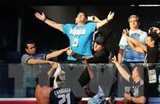 Huyền thoại Maradona được trả 10.000 bảng/trận để dự khán World Cup