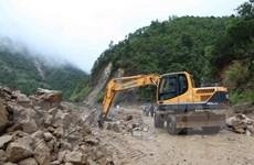 Lai Châu nỗ lực thông đường tỉnh lộ, thôn bản bị chia cắt do mưa lũ