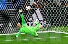 Tỏa sáng trong trận gặp Colombia, Pickford đập tan những chỉ trích