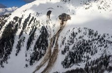 Thụy Sĩ: Tai nạn máy bay ở vùng núi Alps, 4 người thiệt mạng