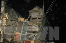 Hòa Bình: Sạt lở làm 4 nhà dân trôi hoàn toàn xuống sông Đà