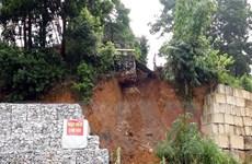 Tháp anten truyền hình Thái Nguyên cao 100m bị đe dọa vì sạt lở taluy