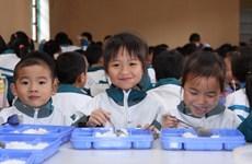 Bếp ăn trường học ở Hà Nội: Kẽ hở để thực phẩm bẩn vào trường học