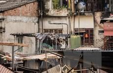 Hình ảnh cuộc sống khó khăn của người dân khu nhà bị cháy ở La Thành