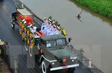 Hình ảnh đoàn xe tang Chủ tịch nước Trần Đại Quang về quê hương