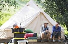 Sêri hài mới của HBO đe dọa khiến bạn hết...muốn đi cắm trại
