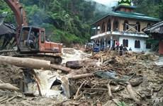 Mưa lũ và lở đất ở miền Tây Indonesia làm ít nhất 22 người chết