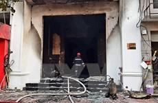 Hỏa hoạn thiêu rụi quán bar ở trung tâm Thành phố Hồ Chí Minh