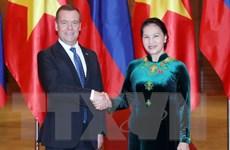 Chủ tịch Quốc hội Nguyễn Thị Kim Ngân hội kiến Thủ tướng Nga Medvedev