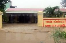 Mưa lũ gây ngập lụt diện rộng, chia cắt nhiều địa phương ở Phú Yên