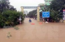 Nam Trung Bộ mưa dông mạnh, miền Bắc hanh khô, Hà Nội hơi lạnh