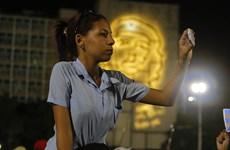 Hơn 11 triệu người dân Cuba chính thức được dùng mạng 3G