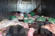 Bắt giữ vụ vận chuyển 1,4 tấn da và mỡ động vật bốc mùi hôi thối