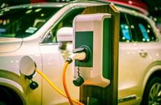 """Phát triển công nghệ """"xe xanh"""" giải quyết thách thức môi trường"""