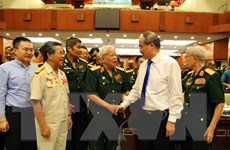 Lãnh đạo TP Hồ Chí Minh gặp mặt cán bộ cao cấp Quân đội nghỉ hưu