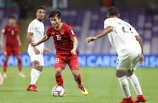 Quang Hải lọt top 10 cầu thủ xuất sắc nhất lượt trận cuối vòng bảng