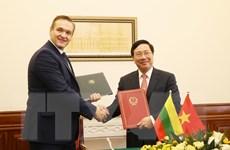 Việt Nam-Litva miễn thị thực cho người mang hộ chiếu ngoại giao