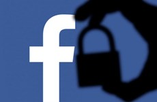 Facebook đánh dấu sinh nhật 15 tuổi dưới đám mây bê bối