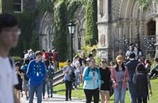 """Nguy cơ sinh viên Trung Quốc """"quay lưng"""" với các đại học tại Canada"""
