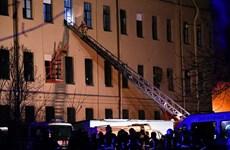 Sập nhà cao tầng tại St. Petersburg, nhiều người may mắn thoát chết