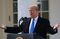 Ông Trump hối thúc công ty Mỹ đẩy mạnh đầu tư cho 5G để vượt Huawei
