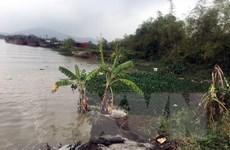 Hải Dương sạt lở bãi sông gây nguy hiểm cho đê hữu sông Kinh Thầy