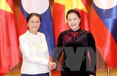 Chủ tịch Quốc hội đón, làm việc với Chủ tịch Quốc hội Lào