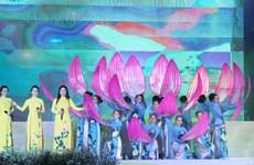 Nhiều hoạt động tôn vinh vẻ đẹp của tà áo dài Việt Nam