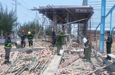 Vĩnh Long khởi tố vụ sập tường nhà xưởng làm 8 người thương vong