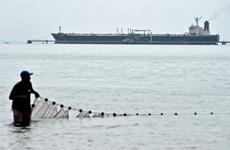 Mỹ áp đặt trừng phạt hoạt động vận tải dầu từ Venezuela sang Cuba