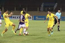 Chia điểm với Sanna Khánh Hòa, Hà Nội FC không đòi được ngôi đầu