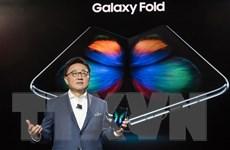 Samsung sắp mở đặt hàng trước điện thoại gập Galaxy Fold